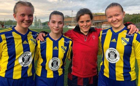 Anne Cathringe Heggheim (rød trøye) måtte innse at rutine ikke var nok mot Emma Brovold Strandengen (f.v), Camilla Grøterud og Ingeborg Hegge (t.h) i toppoppgjøret i 4. divisjon.