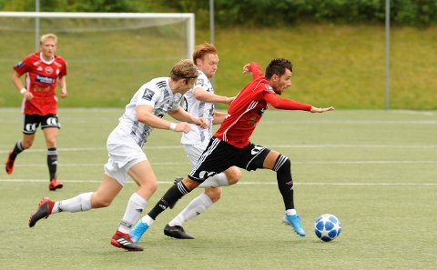 Rocky Lekaj og FK Gjøvik-Lyn skal revansjere tre strake tap hjemme mot Tiller lørdag ettermiddag.