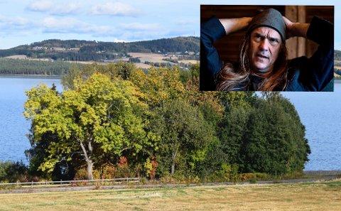 BILLERUDVANGEN: Ronni LeTekrø risikerer at boligtomta han kjøpte ved Mjøsa på Kapp for 17 år siden er blitt verdiløs.