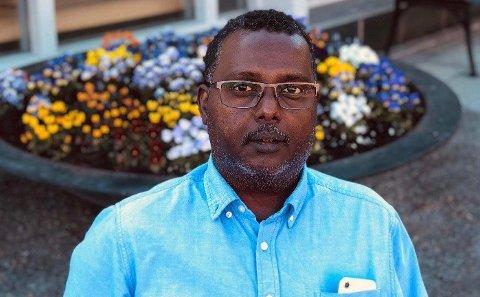 OPPATT AV SMITTEVERN: Abdullahi Yusuf Nageye opplever at det muslimske miljøet er opptatt av å følge smittervernreglene.