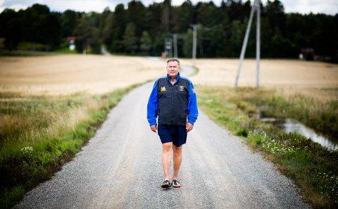 TRENER SEG OPP: – I starten orket jeg å gå fem minutter på tredemølle. Etter en måned klarte jeg å gå 70 minutter, sier Steinar Arnesen.