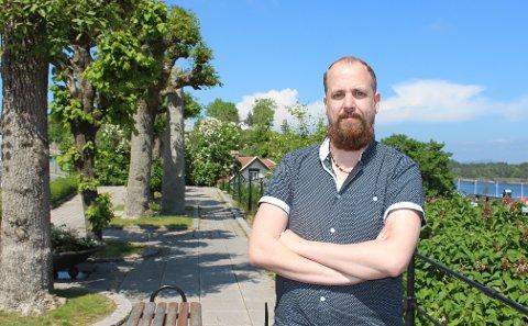VAKSINERING: Bamble kommune tilbyr vaksinedose 3 først til sykehjemsbeboere. Kommuneoverlege Anders Mølmen er i gang med planleggingen av vaksinedose 3 til innbyggere over 65 år.
