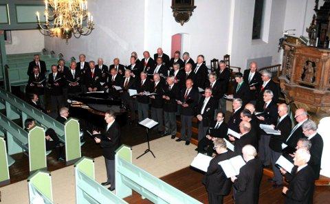 Mannskoret Ljom skal fremføre mye norsk musikk på konserten sammen med Mysen Mannskor på søndag.