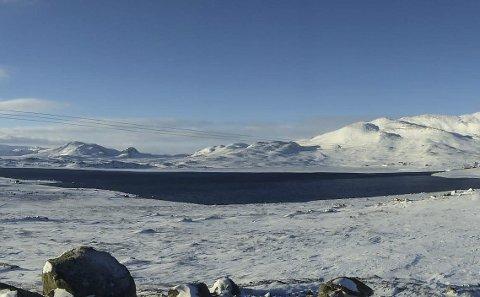 Åpent vann: Kalhovdfjorden har sjeldent ligget så åpen i januar. Turistforeningen må legge om viktige løyper i nettet sitt.