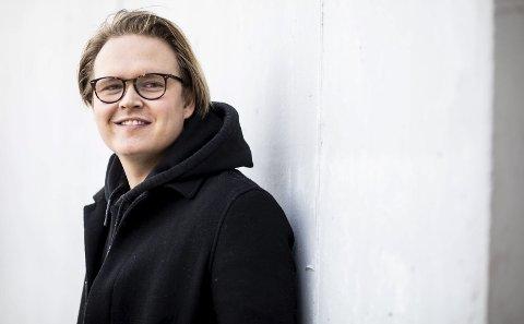 Ny låt: Vidar Villa slapp den nye låta «Hitparade» 1. mars. – Det er veldig annerledes enn alt annet vi har laget, forteller artist og musiker Vidar André Mohaugen (29) fra Holt/Vestvollen i Skedsmo. Begge foto: Tom Gustavsen