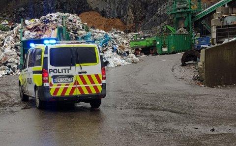 PÅKJØRT: En mann skal ha blitt påkjørt på avfallsanlegget til Ragn-Sells i Lørenskog onsdag morgen.