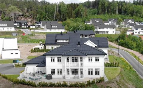 SOLGT: Moserudveien 19 er solgt for 8 075 000 kroner.