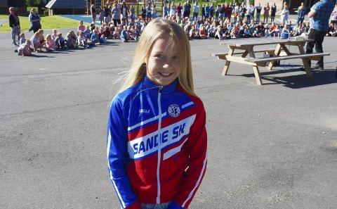 Europa-finale: Johanne Berven Agard ble vinner i sin klasse av den norske sykkelfinalen for skoler.  Nå skal hun til Albania for å delta i Europafinalen. Begge foto: Svein-Ibar Pedersen
