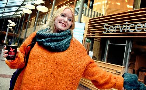 En gledens dag: Silje Waters, en av initiativtakerne til kulturopprøret, var strålende fornøyd med resultatet av onsdagens møte i  næring- og kulturkomiteen i Østfold fylkeskommune.