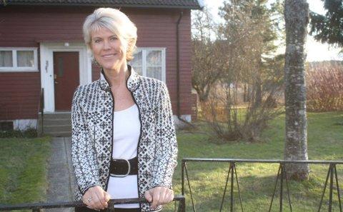 Hilde Midthjell fra Degernes er blant Norges rikeste. Her hjemme på barndomshjemmet i Degernes.