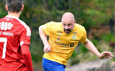 Conny Månsson var keeper i KBK, men er utespiller for Dahle i 4. divisjon. Fredag scoret han mot KFK.