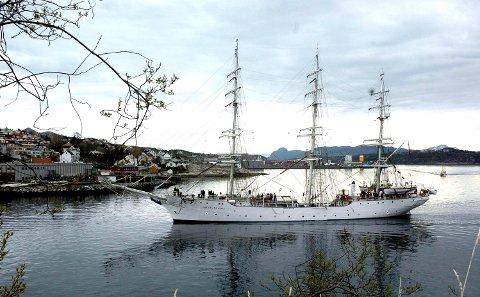 «Christian Radich» avbildet under et tidligere besøk i Kristiansund.