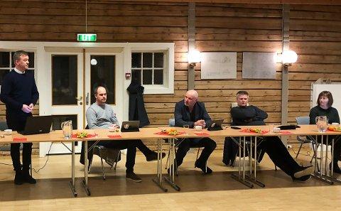 Birger Bakken (Ap) la frem partiets forslag til budsjett i minus.
