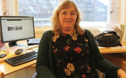 Fortvilt: Ordfører Monika Sande i Beiarn har skrevet brev i håp om å bli hørt. Hun ber om at konsesjonssøknadene fra Beiarn nå blir stilt i bero. Foto: Tore John Andreassen