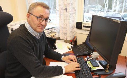 Sliter: Ole Petter Nybakk, rådmann i Beiarn, innrømmer problemer, men er sikker på at de løser seg. I alle fall til høsten.                                      Foto: Tore John Andreassen