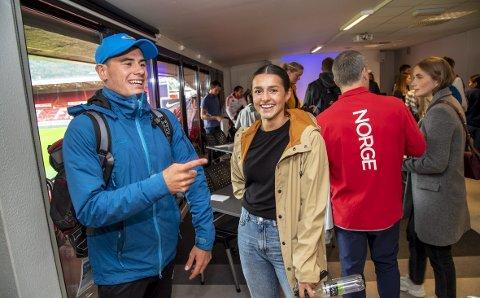 Et liv som toppidrettsutøver er ganske ulikt livene til oss andre. Gustav Iden (triatlon) og Tina Abdulla (håndball) var to av utøverne som deltok på Olympiatoppens nye prosjekt «Toppidrettsforum» fredag.
