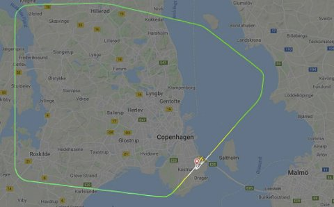 Flyet kom ikke langt mot Bergen før det snudde. Skjermdump fra Flightradar24.com