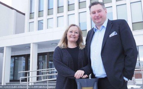 På topp: Mona Nilsen og Rune Edvardsen er nominasjonskomiteens førstevalg som varaordfører- og ordførerkandidat til kommende kommunevalg. Onsdag ble det klart at samtlige partilag i Arbeiderpartiet stiller seg bak at de to blir får disse posisjonene. Foto: Terje Næsje