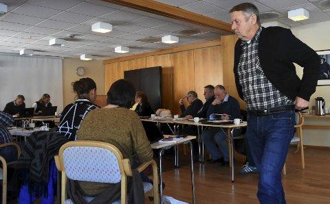 VETERAN: Mangeårig ordfører på Hamarøy, Ingvald Sørensen, frykter at det som var interne stridigheter i Tysfjord, nå er havnet i nye Hamarøy.