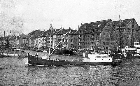 Frakteskøyta Emilie i København ca.1915, innkjøpt i 1925 av Skipsaksjeselskapet Horten og omdøpt til Svein.