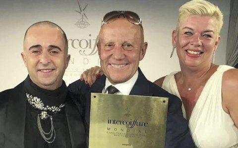 NY PRIS: Adam og Eva Akademiet, her ved Cato Karpow, Øistein Bjørndalen og Charlotte Kolltuft, har fått enda en internasjonal pris for sin innsats i frisørbransjen.