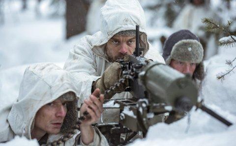 UKJENT SOLDAT: Väinö Linnas berømte krigsroman fra Finland er blitt til film og vises på Rådhus-Teatret.
