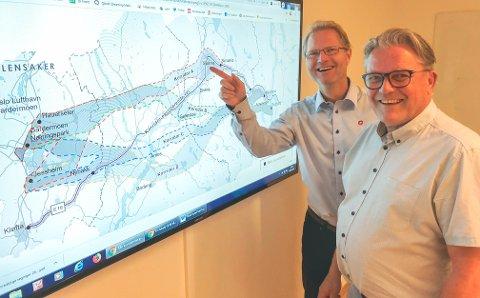 VALGET ER KLART: Frps Tor André Johnsen (t.v.) og Johan Aas har bestemt seg for hva de mener er den beste E16-korridoren.