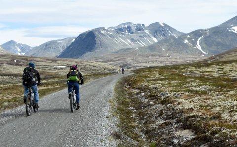 POPULÆRT: Mange har tatt turen inn til Rondvassbu på sykkel i år.