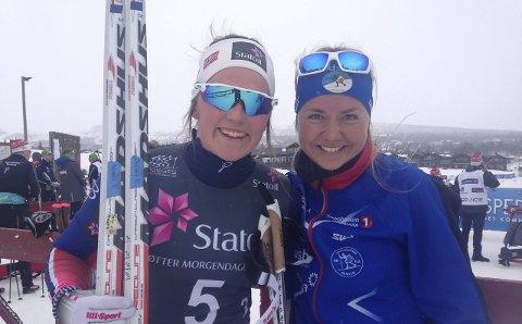 NESTEN PALLEN: Barbro Kvåle (til venstre) og Marthe Bjørnsgaard måtte ta til takke med en ny fjerdeplass i NM teamsprint. Foto: Tommy Gullord.