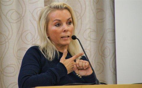 Line Biagio Solvang, Lunner Høyre