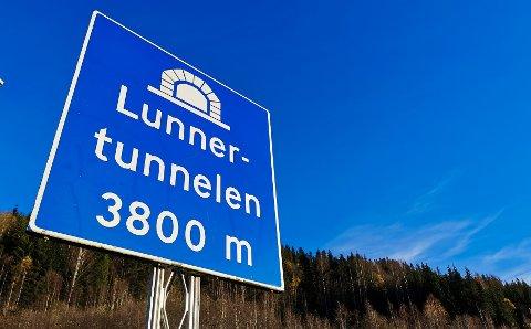 DÅRLIG SIKT: Steinar Markussen fra Lunner mener tunellen har blitt dårligere etter oppgraderingene som ble gjort.