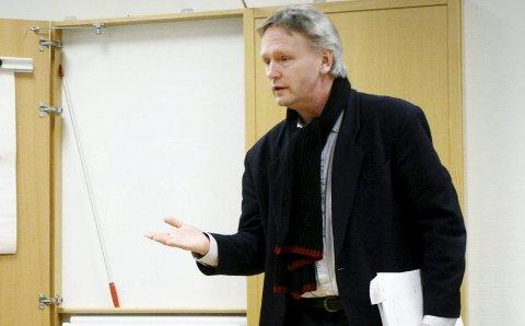 VENTER: Når neste kommunestyre settes har Fridtjof Dahlen ventet i 120 dager på svar på sin interpellasjon. – Det kan nesten se ut som om ordføreren ikke ønsker å svare på disse spørsmålene som opptar svært mange, sier han. arkivfoto