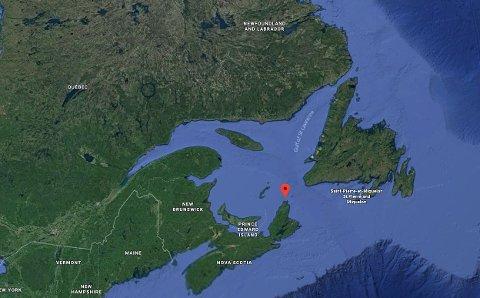 FIRE ÅRS PROSJEKT: Nexans har produsert og installert en ny undersjøisk kabelforbindelse mellom Newfoundland og Labrador med Nova Scotia og andre energimarkeder i Canada og Nordøst-Amerika. Den rød markøren viser Cabot Strait hvor installasjonen startet i slutten av april 2017.