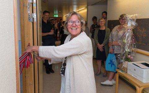 ÅPNET: Administrerende direktør i Sykehuset Innlandet, Alice Beathe Andersgaard, fikk æren av å åpne VR-rommet.