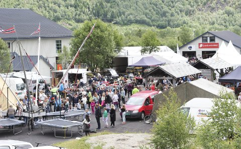 Bra besøkt: Røldalsmarknaden 2018 hadde mellom 6.000 og 6.500 publikummarar, inkludert tilstellingar med andre arrangørar.foto: Synnøve Nyheim
