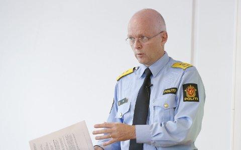 FÅR 42 NYE STILLINGER: Politimester Hans Vik  Arkivfoto: Alf-Robert Sommerbakk