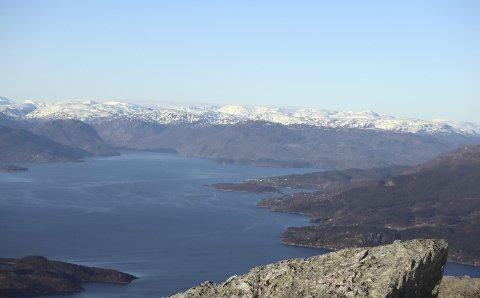 Panoramautsikt:  Gråhorga- panoramautsikt fra 740 meter over havet.  Foto: Haugesund Turistforening