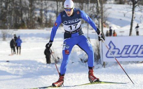 BEITOSTØLEN: Emil Storjord Vilhelmsen har gode minner fra Beitostølen i fjor høst. I tilsvarende NM 19. november i fjor ble han nummer ni på 10km (bildet), og gikk seg opp fra en 17. plass etter hopprennet. Foto: Arne Brunes