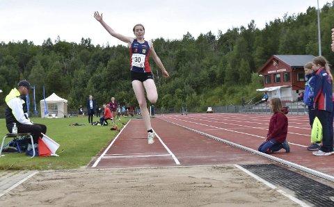 GODE 14-ÅRINGER: Maren Skogstad Sjåvik vant lengde på stevnet i Bodø, og hun er en av fire veldig gode 14-åringer i klubben.
