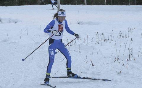 KONKURRERTE I JULA: Elise Bredesen Øvereng i Romjulsrennet 27. desember. To dager etterpå konkurrerte hun i Trøndelag, men det er lenge siden hun har fått anledning til å konkurrere på ski på grunn av skade.  Foto: Per Vikan