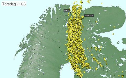 TORDENBYGE: Tordenbygen strakk seg fra nord i Russland og langt sørover forbi Rovaniemi i Finland. Bildet viser lynnedslagene fra onsdag 08:00 til torsdag 08:00.