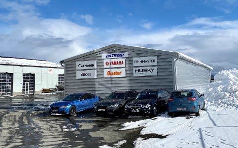 Biltrend i Harstads nye lagerbygg fikk en trang start, men historien fikk en lykkelig slutt.