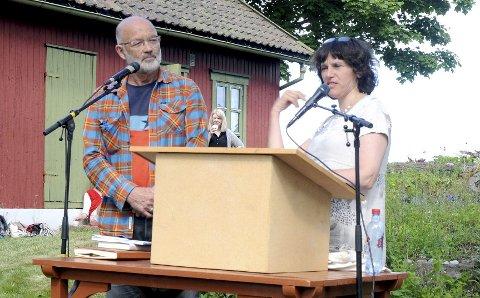 SAMTALEPARTNERE: Erling Sørli og Grethe Fatima Syed har hatt Duun-samtaler i Holmestrand tidligere også. FOTO: LARS IVAR HORDNES