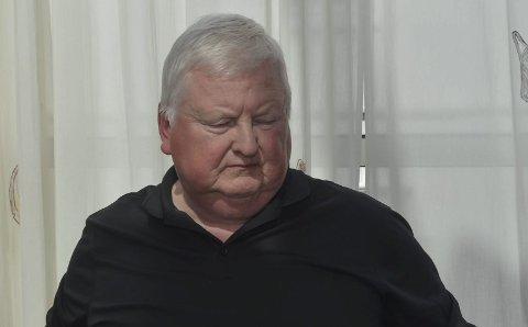 Bekymret: Bjørn Vidar Bråthen i kontrollutvalget var usikker på om kommunen klarte å følge lov og forskrifter i forbindelse med offentlige innkjøp.