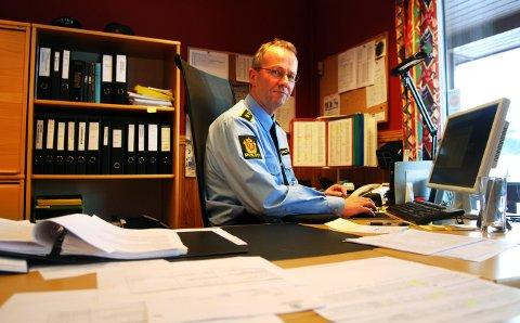 JOBBER MEDSAKEN: Lensmann i Flesberg, Jørn Kristoffersen, håper å oppklare innbruddet på Strutåsen så rakst som mulig.