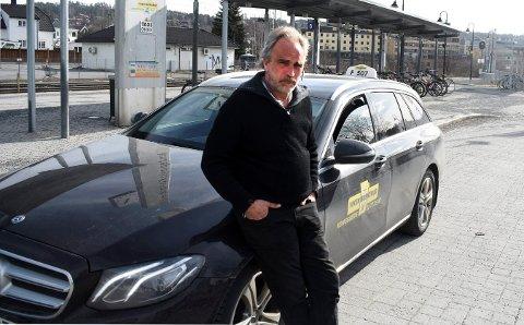 STILLE: Torbjørn Fossheim forteller om noen svært rolige uker som taxisjåfør etter at samfunnet la seg i dvale.