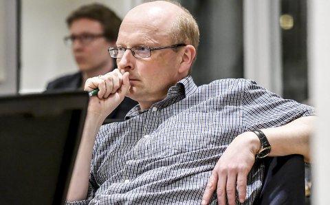 Ber om utredning: Frps Lars Haugen ønsker en utredning om økonomien i omsorgssektoren. – Det virker åpenbart at det er for lite penger i sektoren, sier han. FOTO: PÅL A. NÆSS