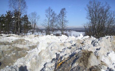 Store mengder: Det nye snødeponiet skal romme mange tonn med snø. Illustrasjonsfoto: Heiko Junge / NTB scanpix