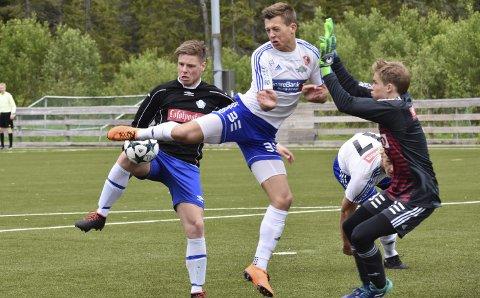 Første stikk til SIL: Svolvær IL slo FK Lofoten 3–2 da lagene for første gang møttes til obligatorisk kamp tidligere i år.Foto: Arkiv