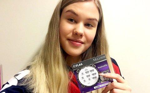 LYKKELIG: 19 år gamle Amalie Engen fra Kvaløya mistet bussen i Giæverbukta. Det viste seg å bli lønnsomt.